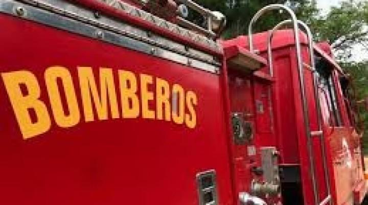 Se incendió una casa en Barrio Parque