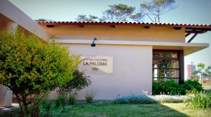 Muestras plásticas en el Centro Cultural La Paloma