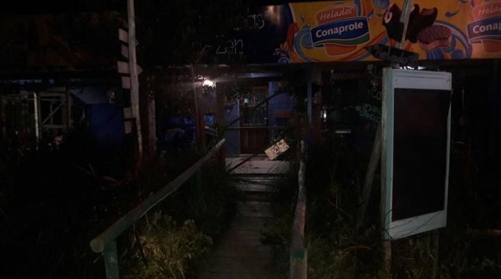 Arachania: dos comerciantes heridos en una rapiña