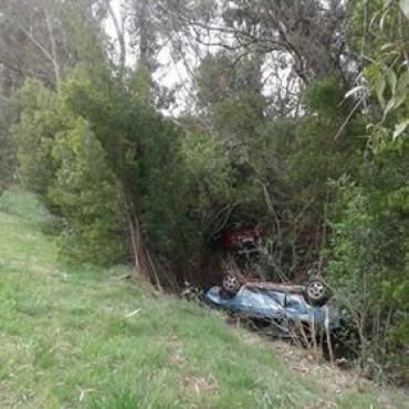Dos autos volcaron en Ruta 9