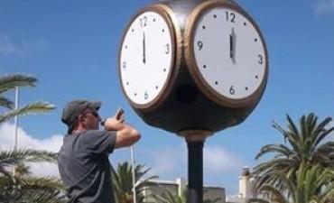 Colectivo para poner en hora el reloj