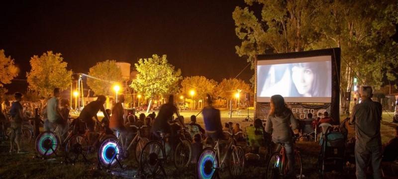 Cine a Pedal llega a nuestras playas