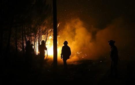 Incendio en Punta del Diablo está controlado pero temen por el viento