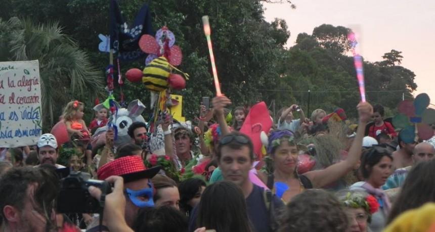 Más chico y más ordenado: La Pedrera llevó adelante su carnaval
