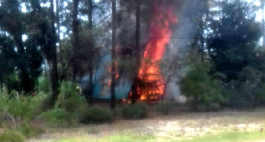 Se incendió una cabaña en La Paloma