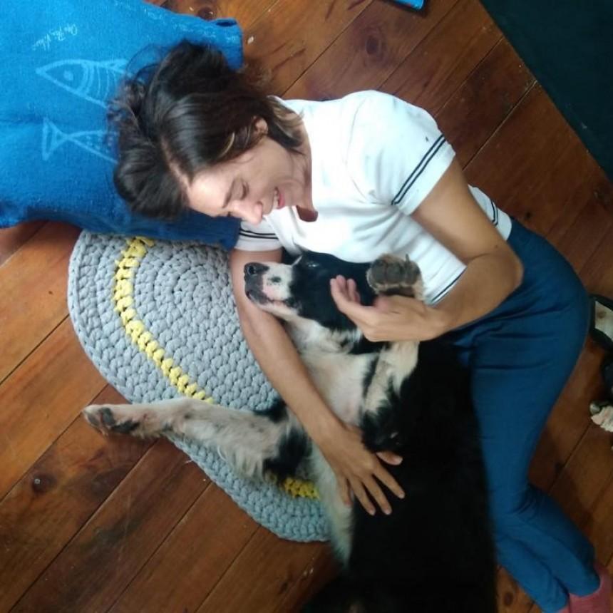 El emocionante reencuentro de Flora y su perro Timbó: lo había perdido hace 4 años