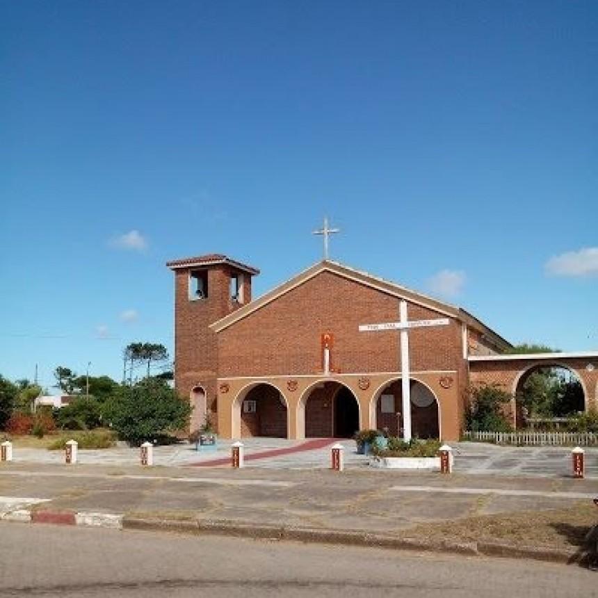 Buscan reconstruir la historia de la parroquia de La Paloma
