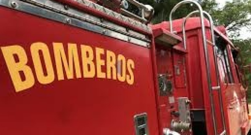 Murió un niño en incendio en Barrio Parque