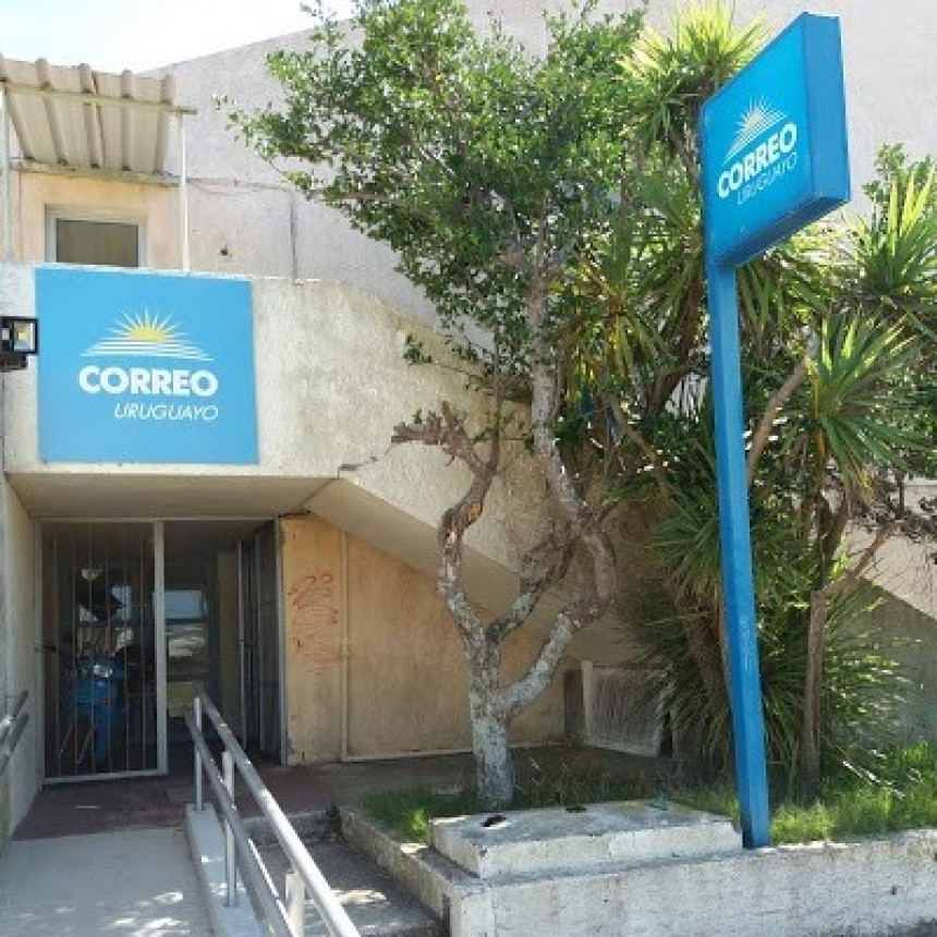 Robaron la caja fuerte del Correo en La Paloma