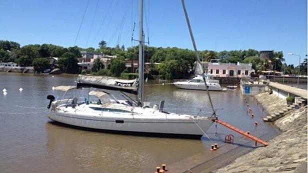Buscan velero argentino que zarpó el martes desde el puerto de La Paloma