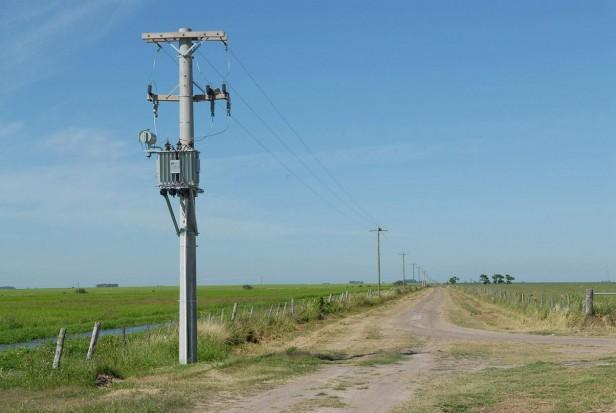 Empiezan los trabajos de electrificación rural de ruta 109