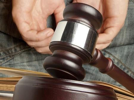 El hecho fue denunciado en el mes de mayo y la justicia lo sentenció a tres  años de prisión el pasado 8 de agosto. El hombre era una persona allegada a  la ... 011ec874171