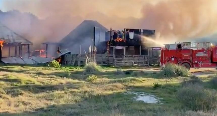 Incendio con pérdidas totales en La Aguada