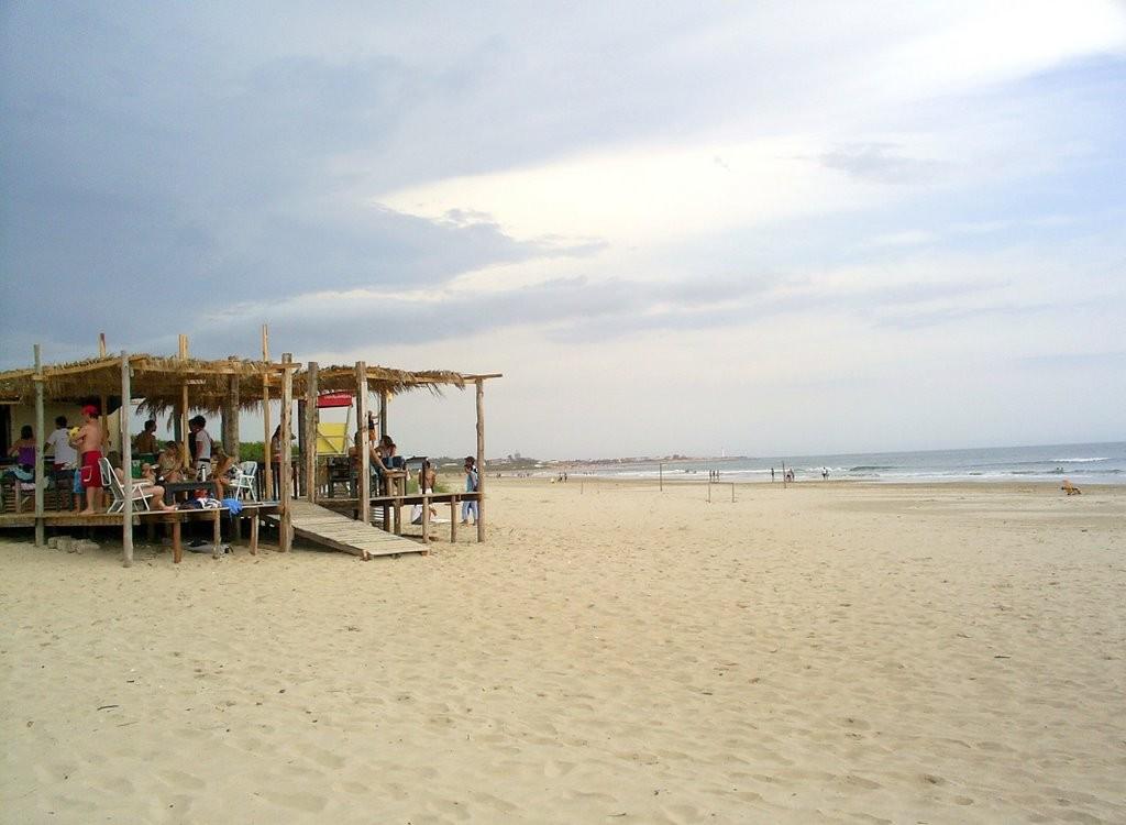 Convocatoria a los concesionarios de kioscos de playa