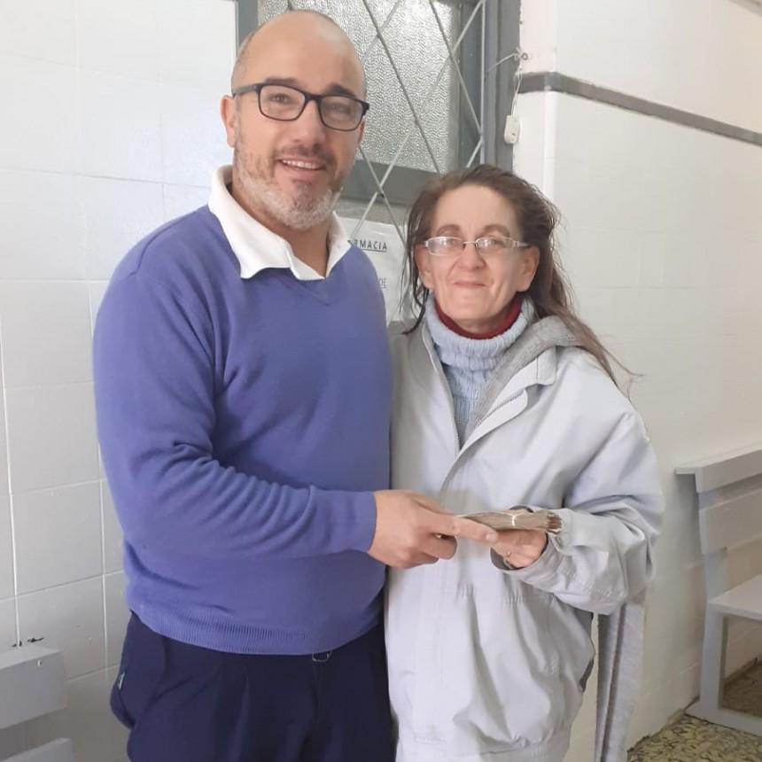 Entregaron donación a la familia Valdivieso