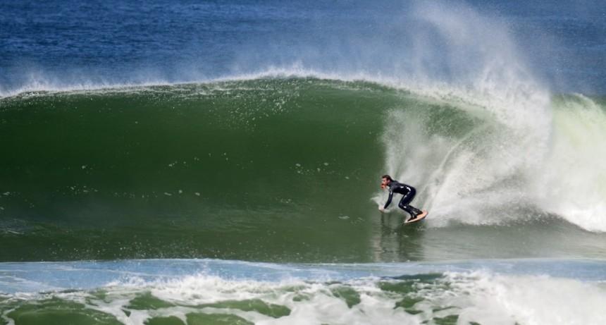 La Paloma elegida entre las ocho playas imprescindibles para surfear en Latinoamérica