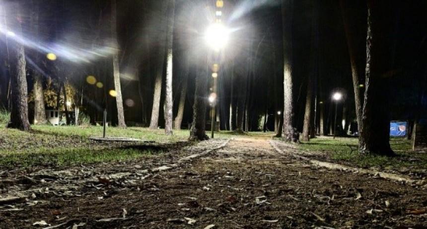 El Parque Andresito ya cuenta con luz