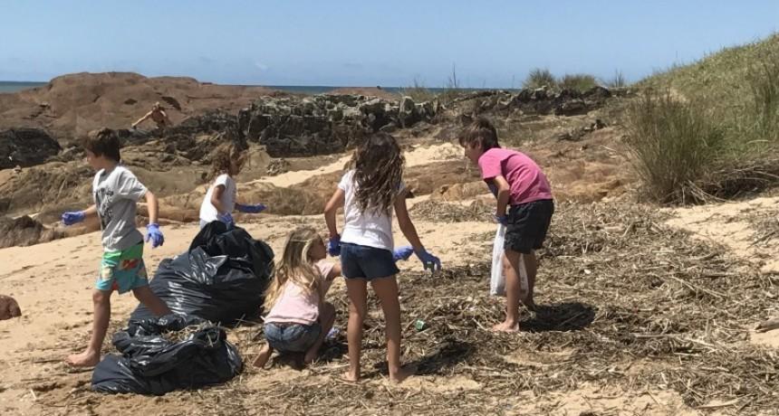 Ahora si: a limpiar la playa